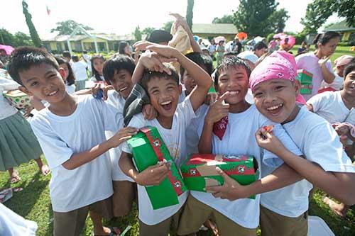 Samaritans Purse Operation Christmas Child shoe box distribution